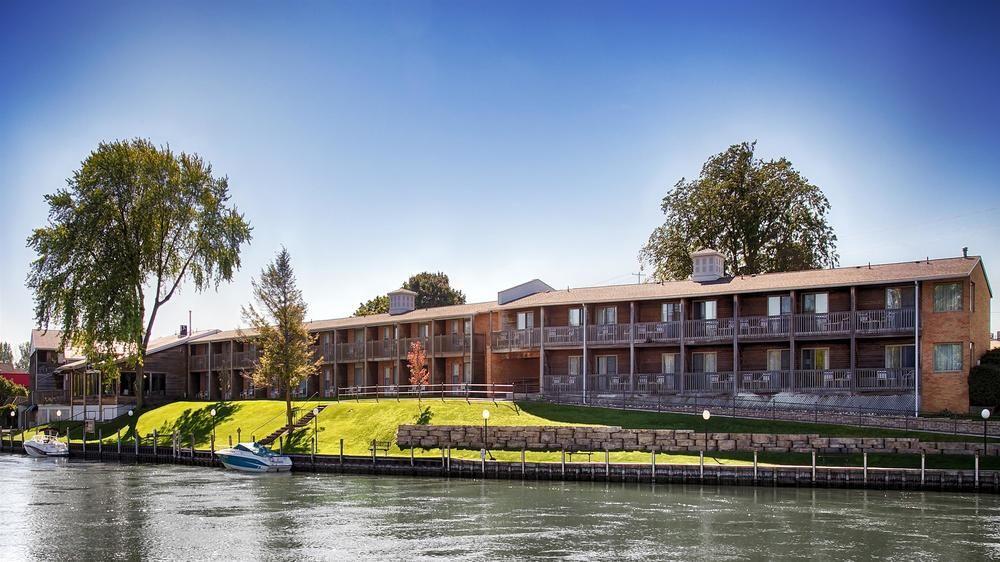 Best Western River Terrace Inn Cheboygan Mi 2985