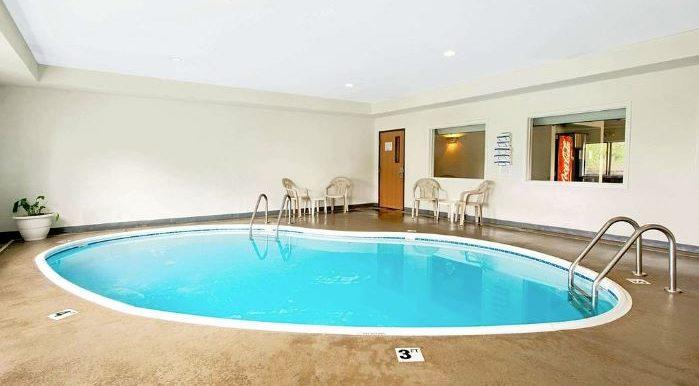 BONMO07 Pool