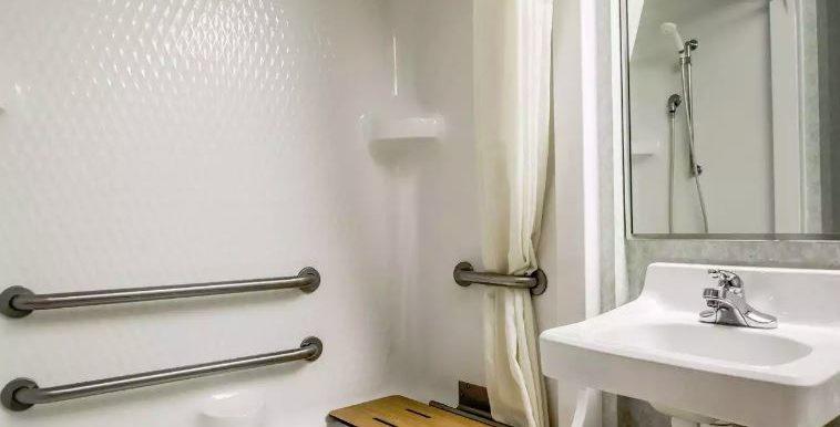 OSAMO08 Bathroom