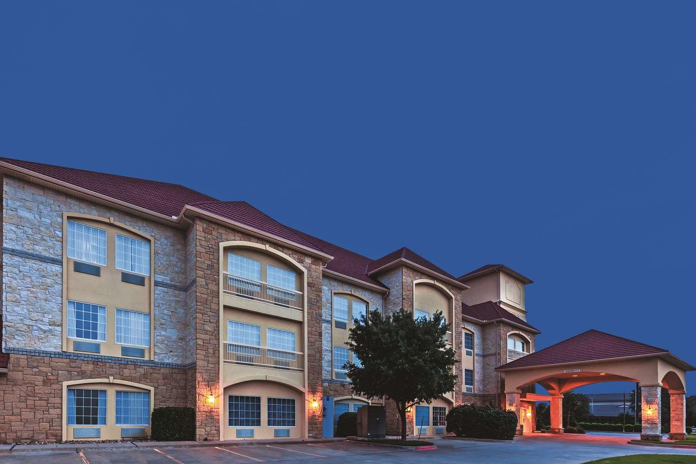 La Quinta Inn & Suites – Granbury, TX