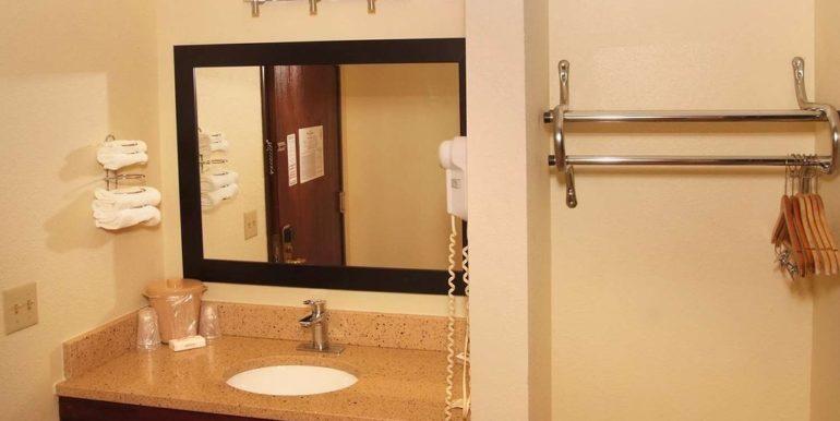 OSAMO06a Bathroom