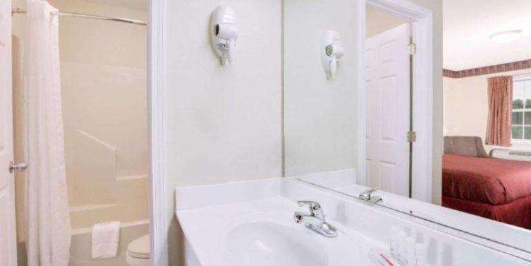 TRUMAR - Bathroom 01